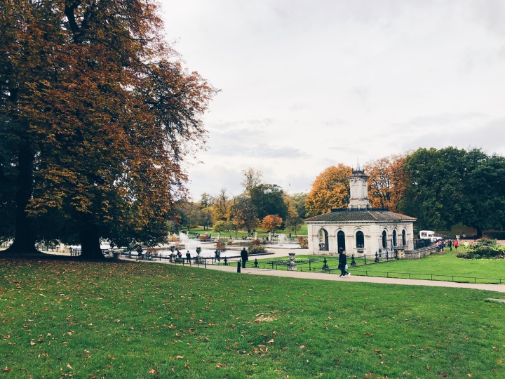 A year in the life of London:Autumn