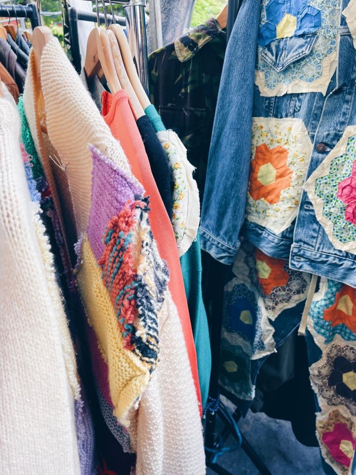 A guide to the best charity shops in Notting Hill,London